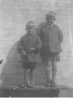 Hartvig og Børge Leth ca. 1930