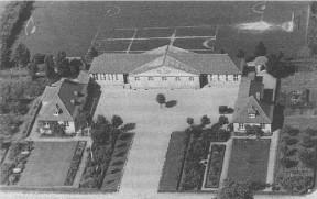 Beder-Seldrup skole. Skolen blev bygget 1930, på jord udstykket på Præstegården. I dag er skolen indrettet til Bibliotek, Legestue og Ungdomsklub