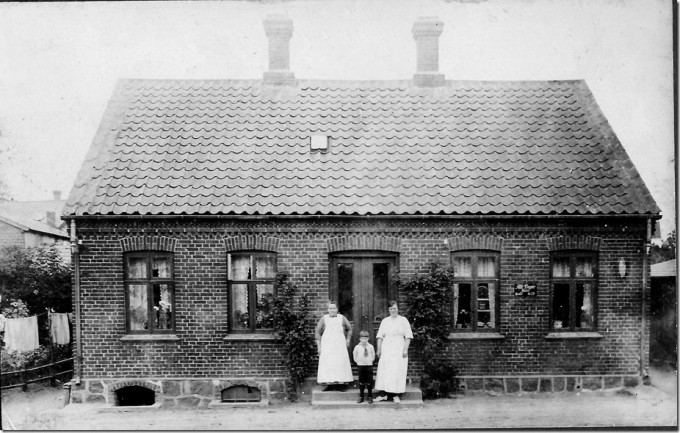 Ajstrupvej 13, Malling. Bygget 1892