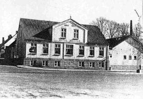 Malling Kro beliggende på Stationspladsen. Foto 1973